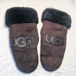 Ugg Brown Logo Mittens Water Resistant